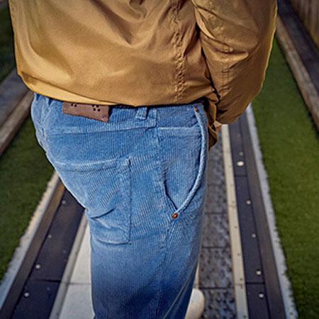 com4 jeans